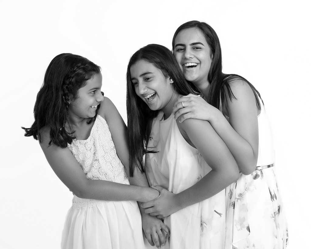 sisterly love photoshoot black and white photos