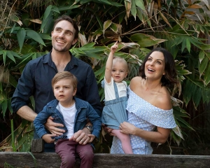 natural family photography outdoor studio coorparoo